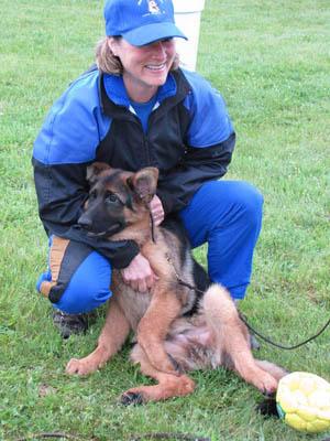 Dog Breeder Tracy Bullinger, Best German Shepherd Dog